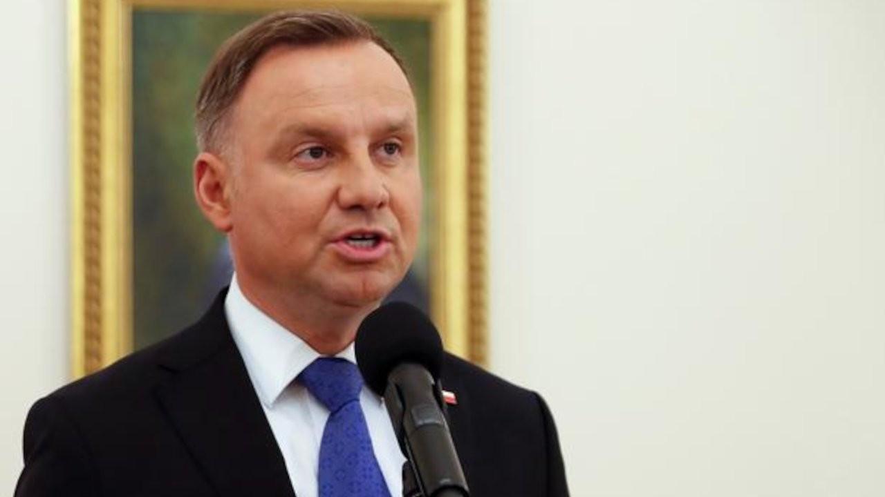 Polonya'da bir yazar Cumhurbaşkanı'na 'moron' demekle suçlandı