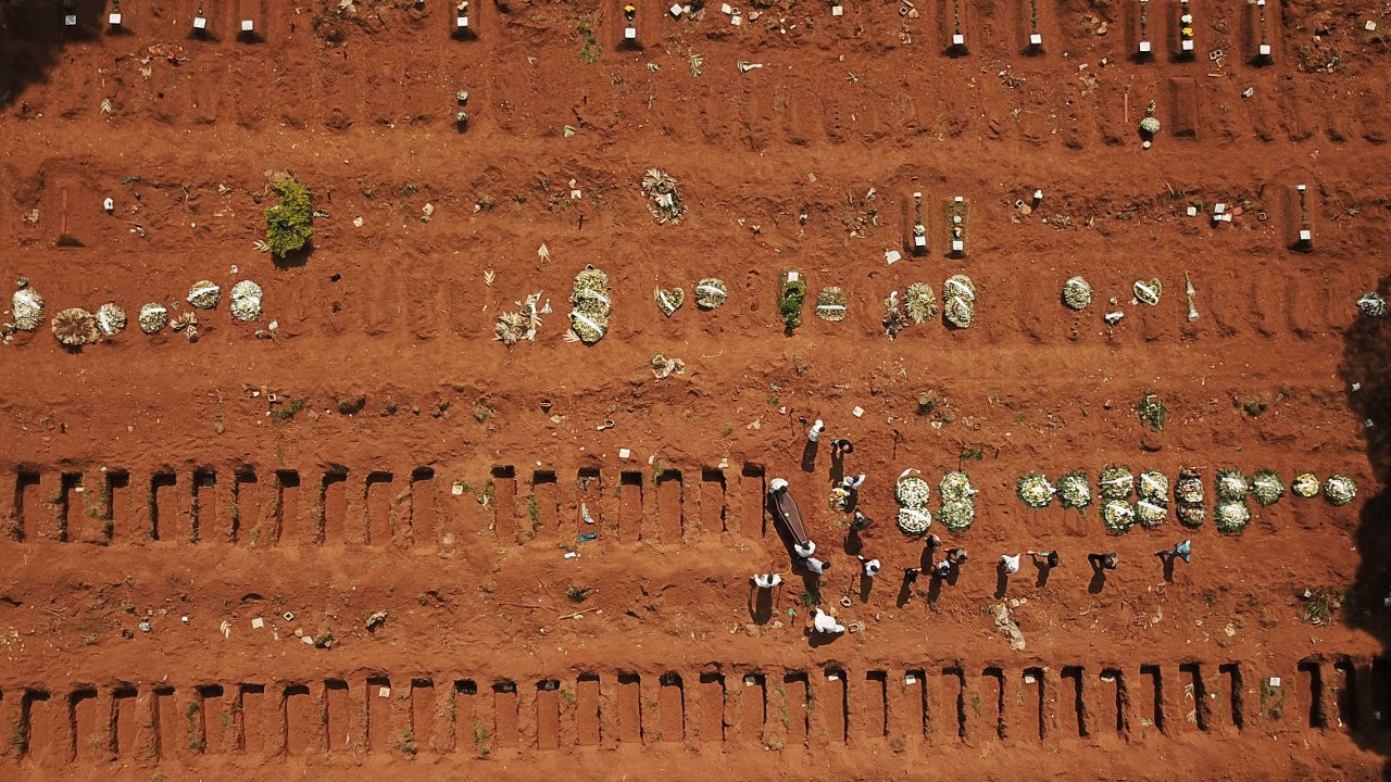 Brezilya alarm veriyor: Bir günde 3 bin 251 kişi koronadan öldü
