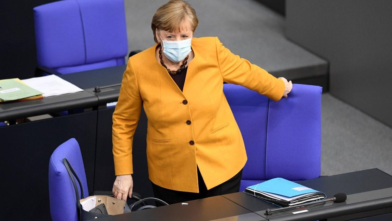 Merkel muhalefetin güven oylaması talebini reddetti