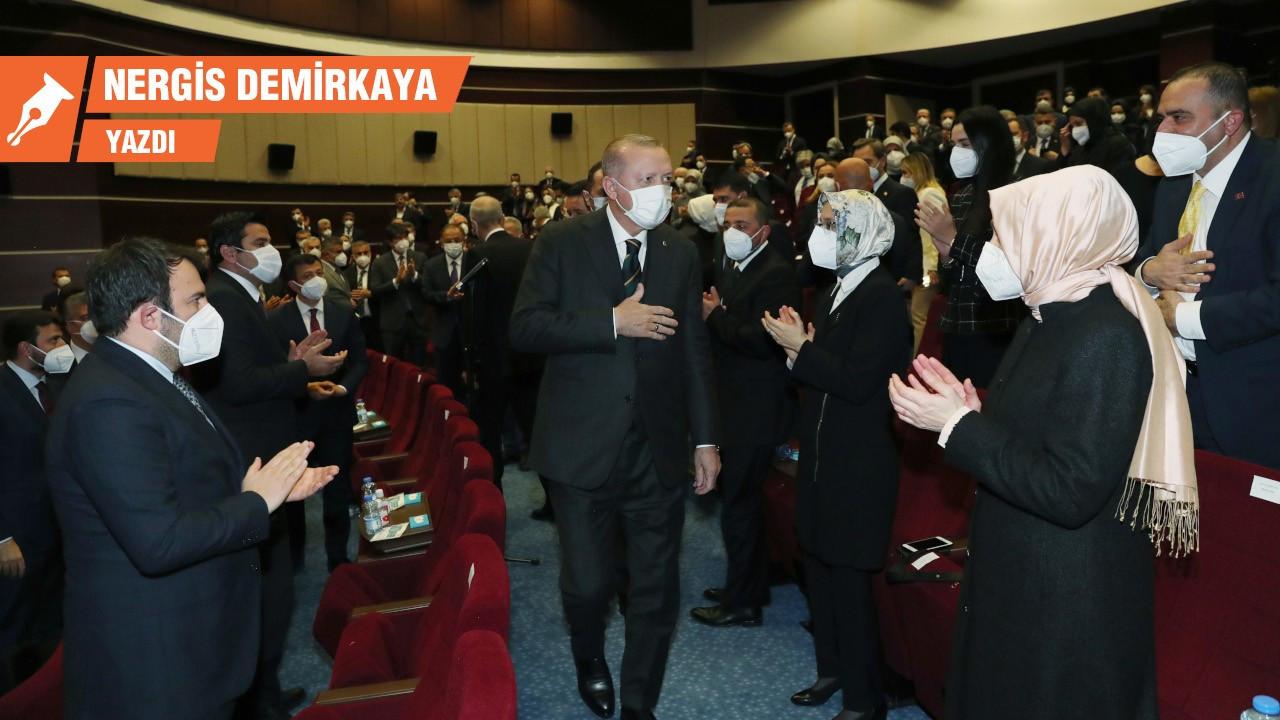 AK Parti kongresinde DEVA ve Gelecek etkisi