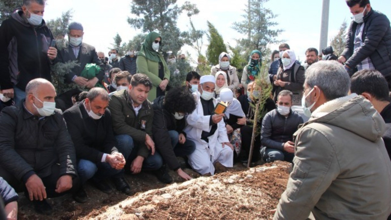 Prof. Dr. Kadri Yıldırım Diyarbakır'da toprağa verildi