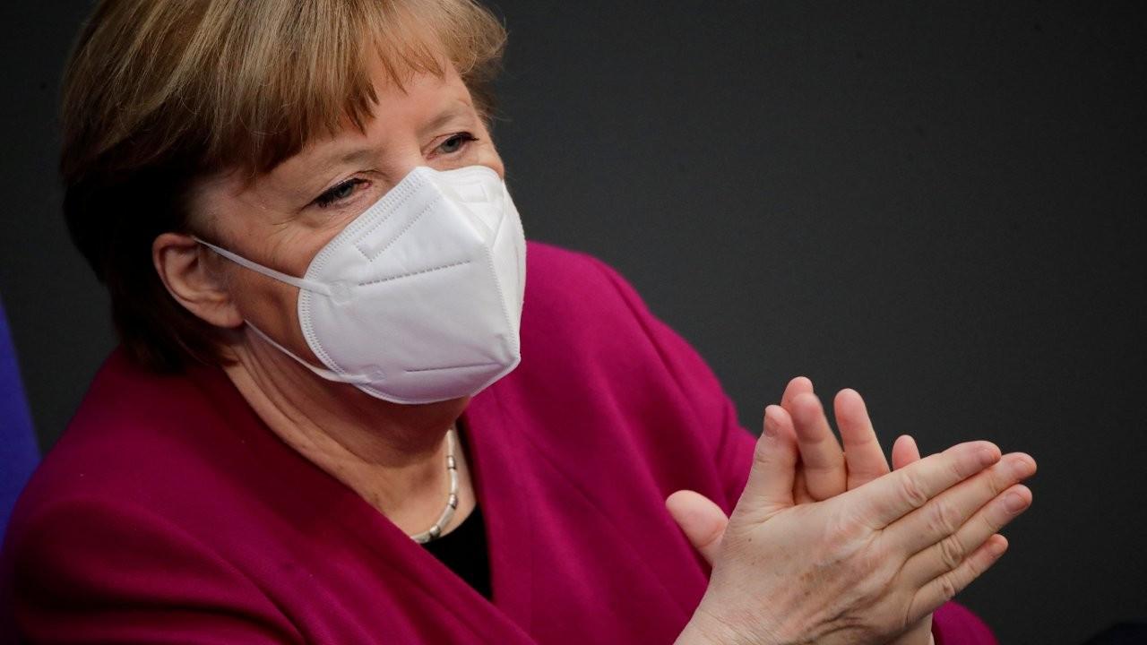 Almanya Merkel'den sonra gerçeklikle yüzleşecek
