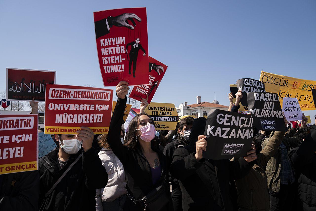 Kadıköy'de Boğaziçi eylemi: Kayyımlara karşı bundan sonrası hepimizde - Sayfa 3