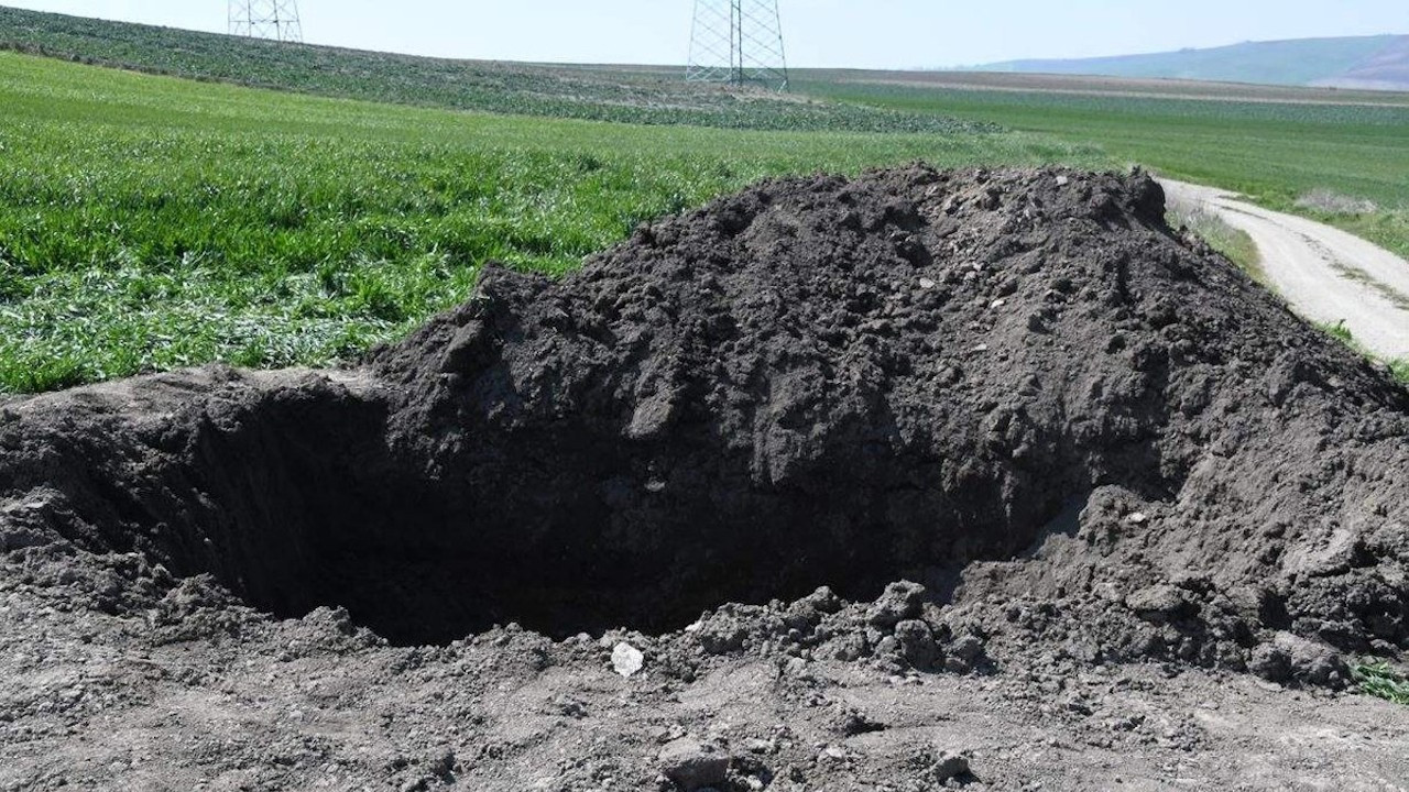 Tekirdağ: Öldürdüğü kadını kepçe kiralayıp tarlaya gömdü