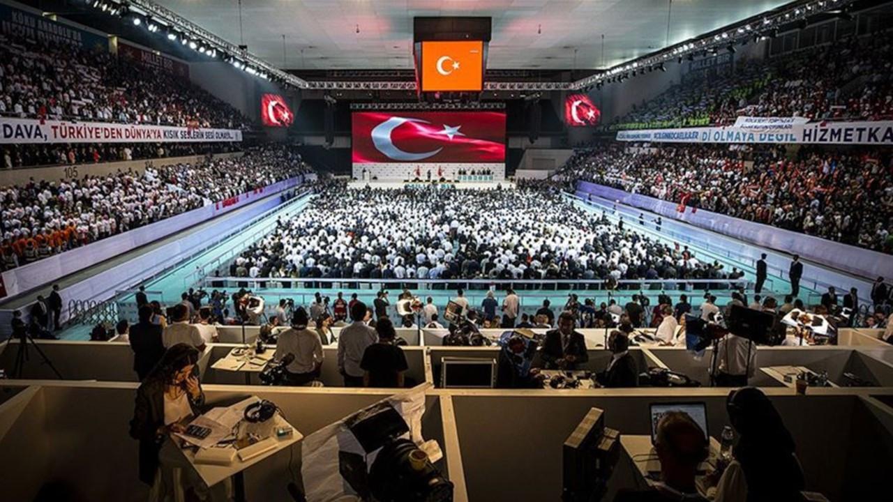 CHP'li Çetin Arık: AKP Kongresi'ne katılanlar karantinaya alınsın