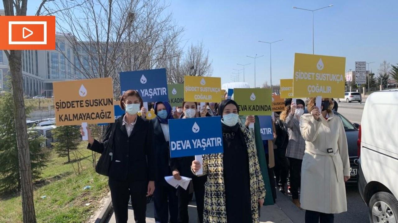 DEVA'lı kadınlar İstanbul Sözleşmesi için Danıştay'a yürüdü