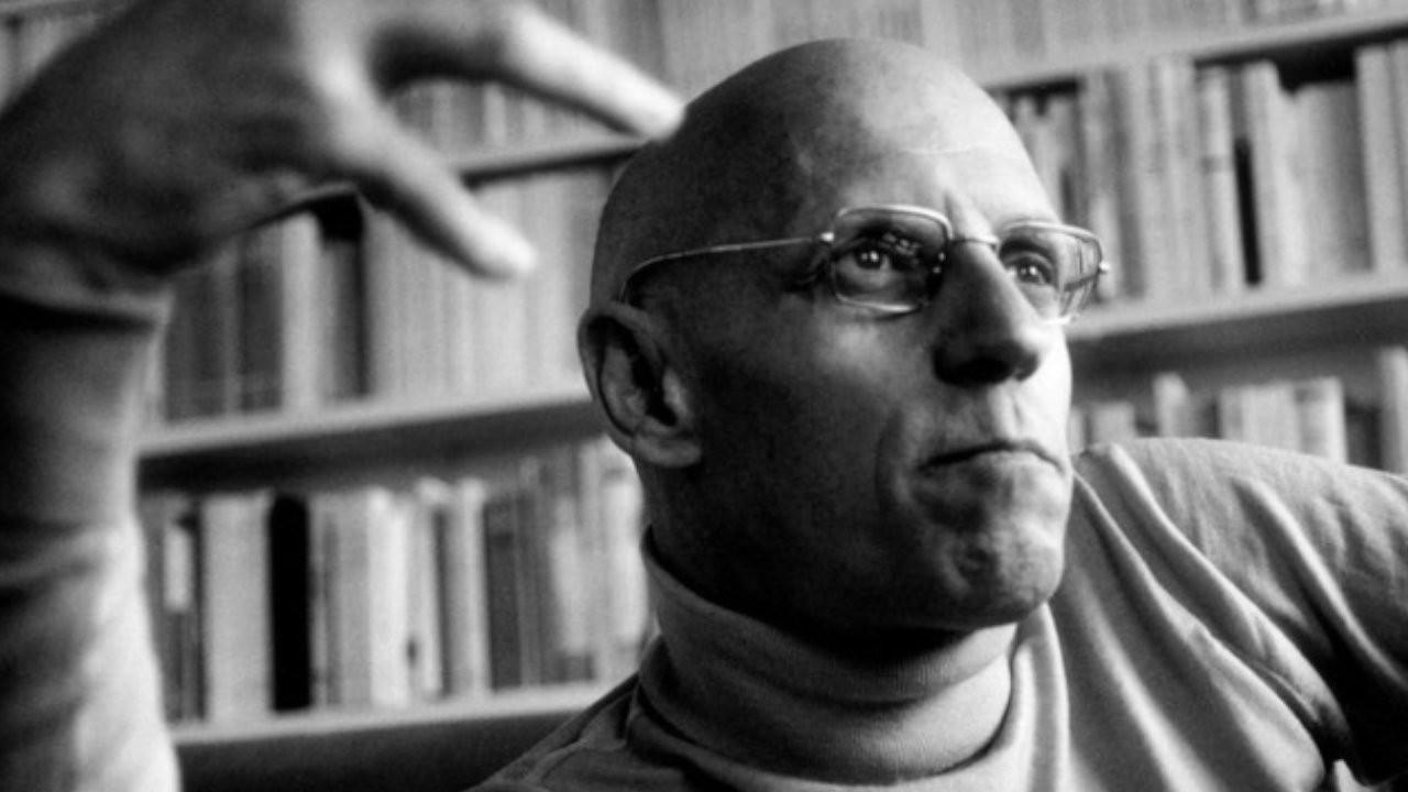 Foucault'ya çocuğa cinsel istismar suçlaması