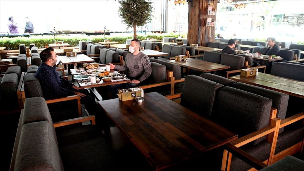 Restoranlardan uyarı: Kısa çalışma biterse ücretsiz izin başlar