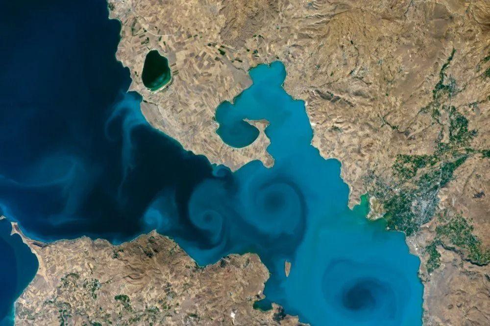 Van Gölü fotoğrafı NASA yarışmasında yarı finale kaldı - Sayfa 2