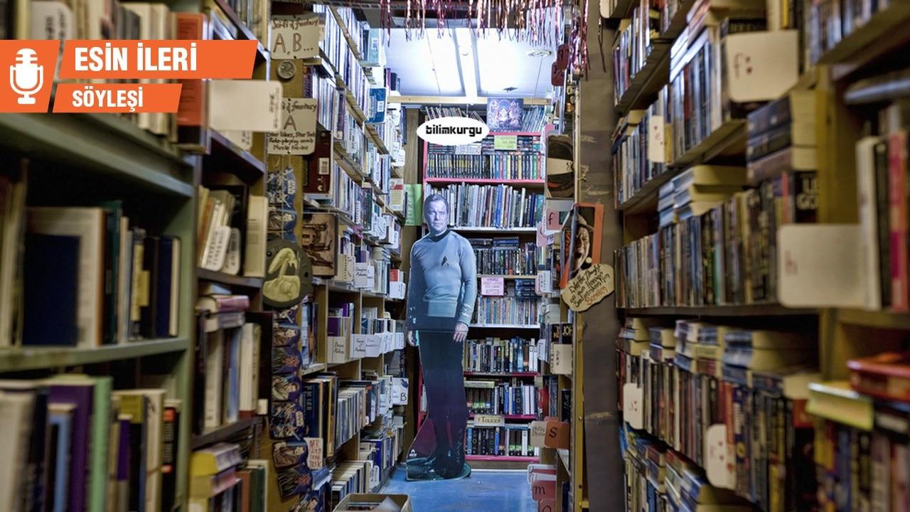 İLK: Bir seçki, bir kütüphane