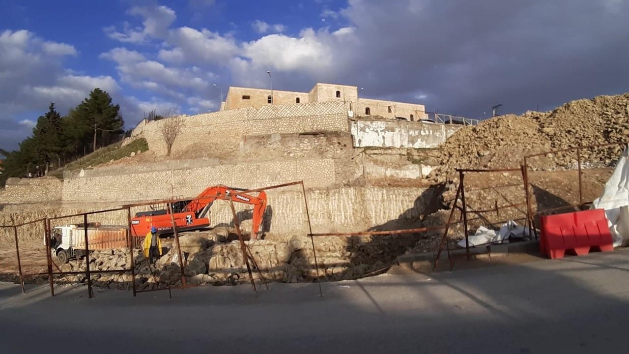 Mor Efrem Manastırı'nda otopark kazısı: Yıkılma tehlikesi var