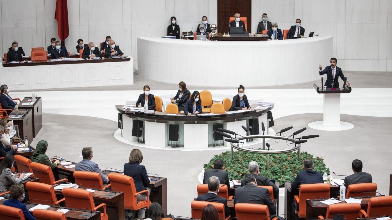 İktidar reddedilen kanunun peşinde: Meclis'te tarihi anlar yaşanıyor