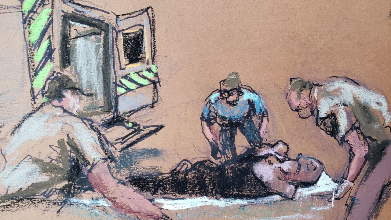 Floyd davasında eski polis Chauvin'in amiri konuştu: Güç kullanmayı kesmeliydi