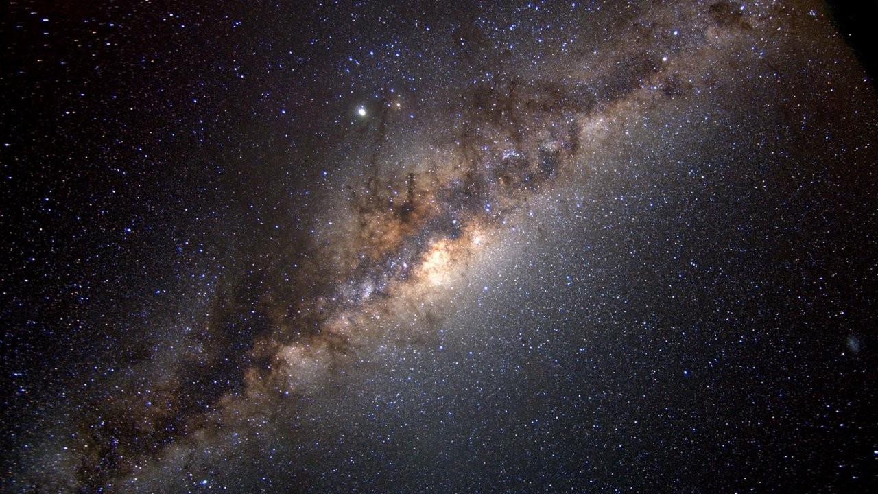 Gökbilimciler Samanyolu'nda devasa bir yapı keşfetti
