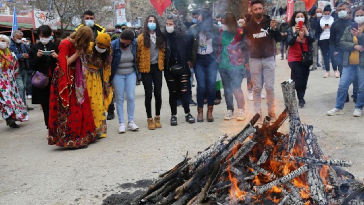 Dersim'de Newroz halayı çeken 35 kişiye ceza