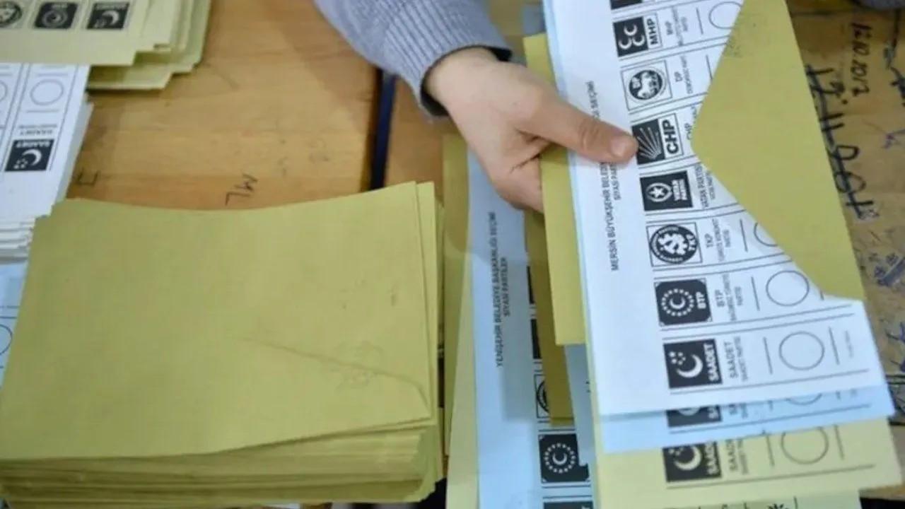 Avrasya Araştırma: Seçimde 4 parti barajı aşıyor