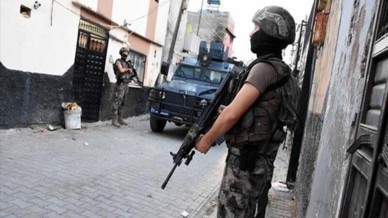 Diyarbakır'da operasyon: En az 22 kadın gözaltında