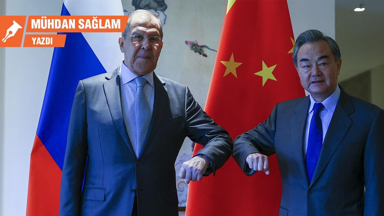 Çin ve Rusya dolardan ne istiyor?