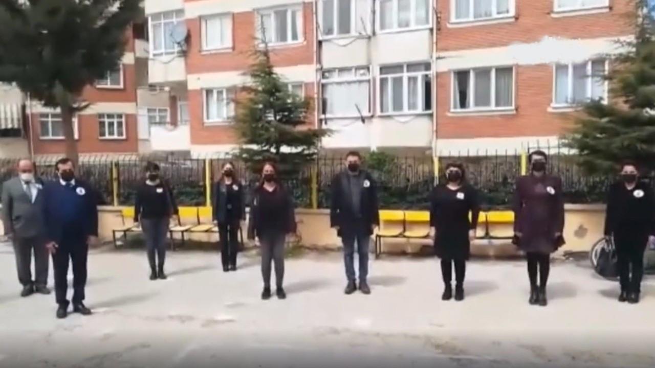 Son 1.5 ayda ölen öğretmenler için okullarda saygı duruşu