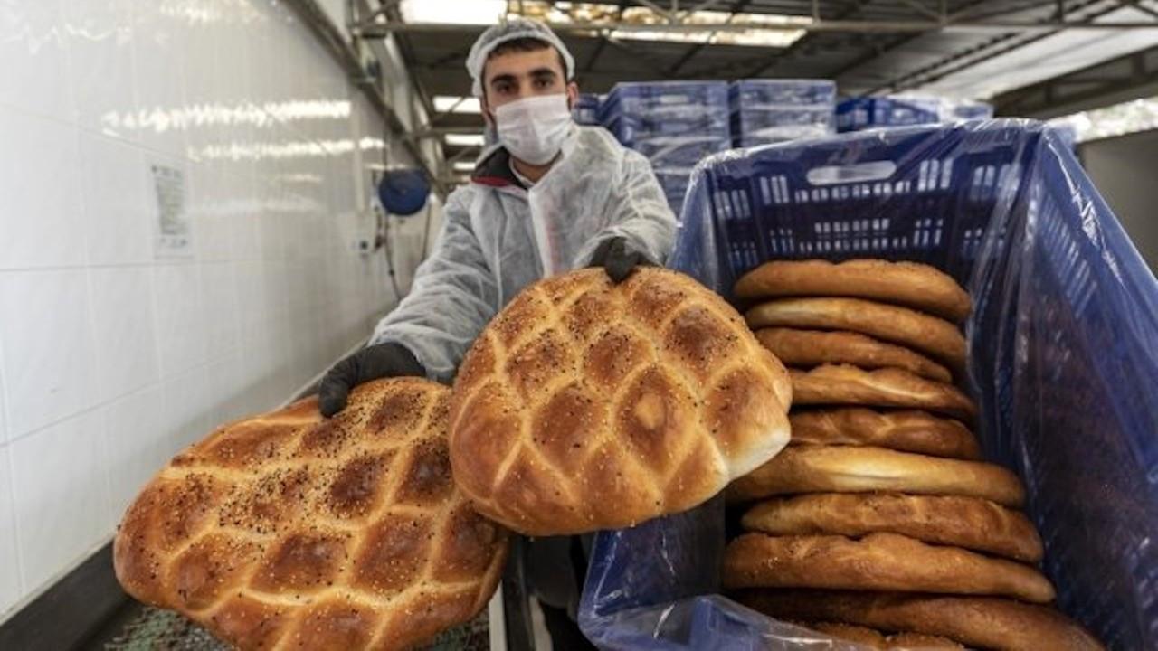 Ramazan pidesi Halk Ekmek büfelerinde 1.5 TL'ye satılacak