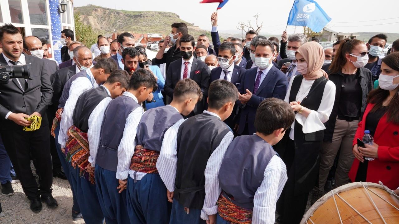 Babacan'dan Erdoğan'a: Küçük ortağını da al Batman'a gel