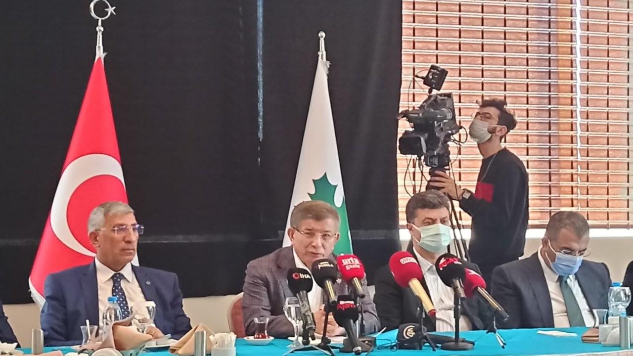 Davutoğlu'nun Urfa ziyareti: Hep çözüm sürecinin arkasında durdum