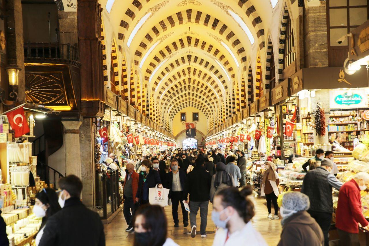 İstanbul'da alışverişe akın - Sayfa 3