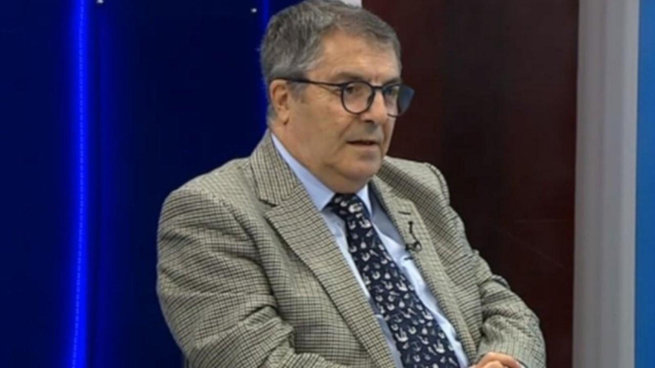 Emekli amiral Mustafa Özbey orduevinden atıldığını açıkladı