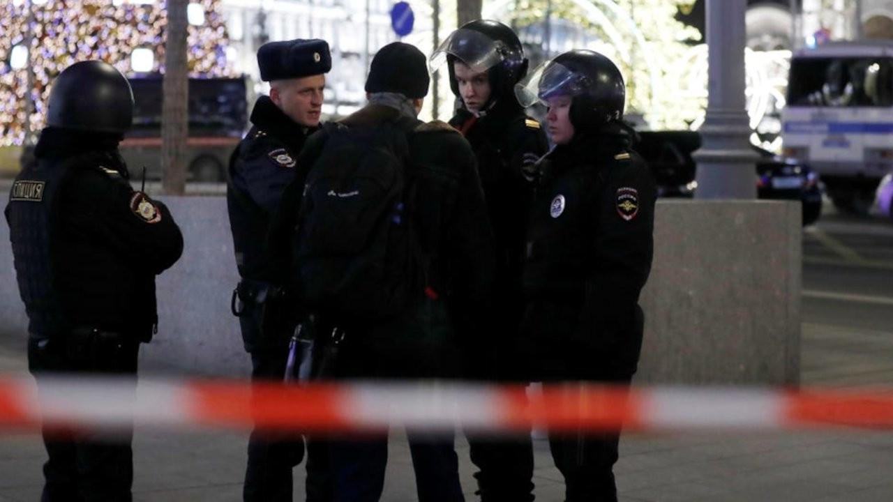 Rus istihbarat servisi, Ukraynalı diplomatı gözaltına aldı