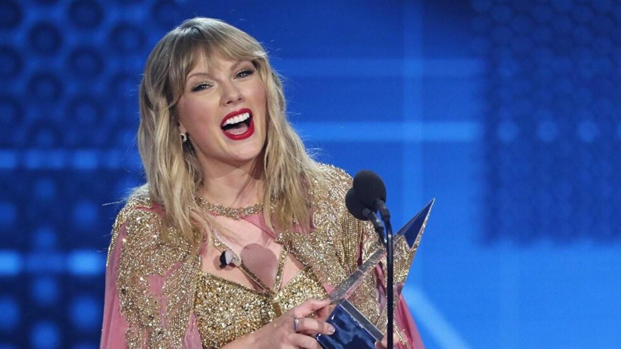 Taylor Swift rekor kırdı: Evermore en çok satan plak oldu