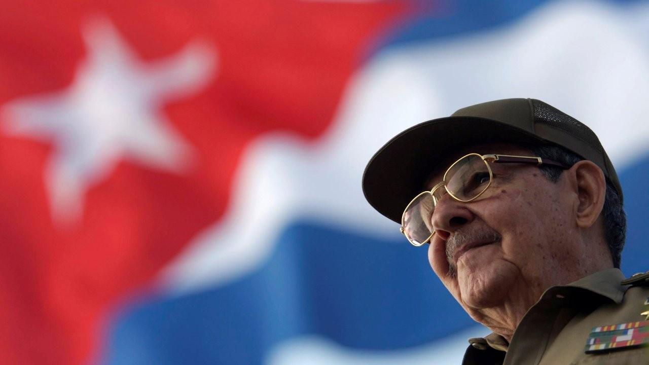 Küba'da Raul Castro dönemi resmen son buldu, Miguel Diaz-Canel Komünist Parti liderliğine seçildi