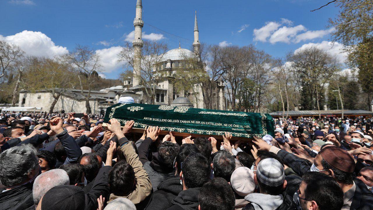 Koronadan ölen Hüsnü Bayramoğlu'nun cenazesine binlerce kişi katıldı - Sayfa 3