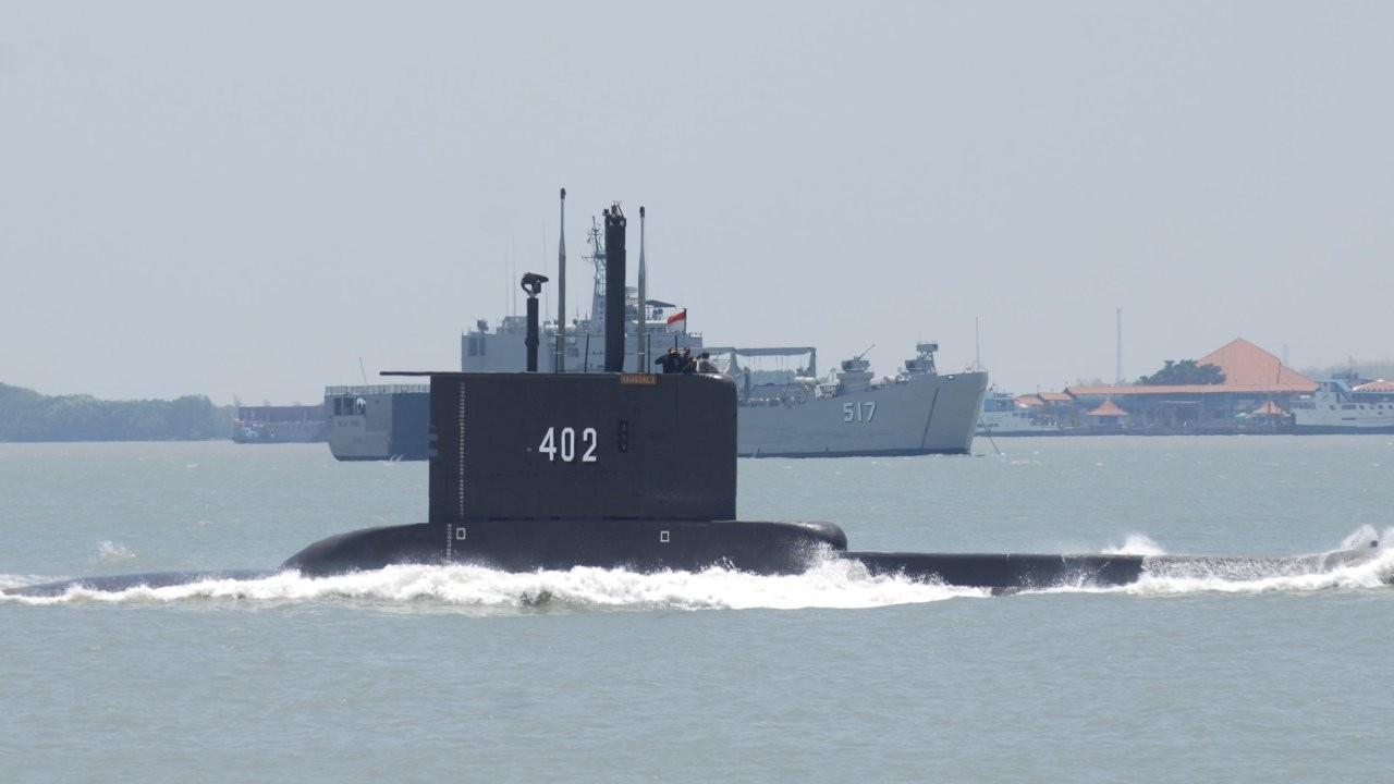 Kayıp denizaltı 800 metrede bulundu: 3 parçaya bölünmüş