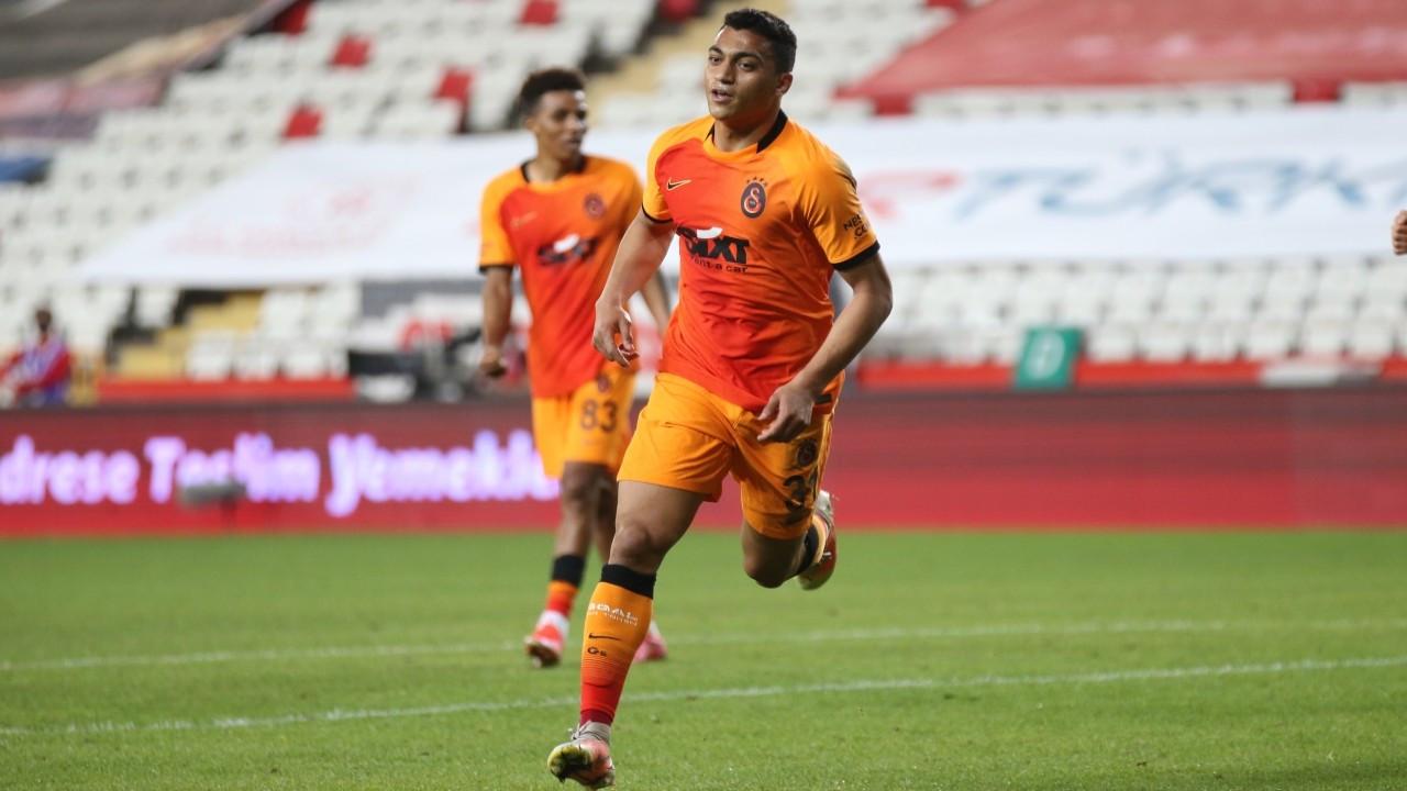 Galatasaray, Antalya'dan 3 puanla dönüyor