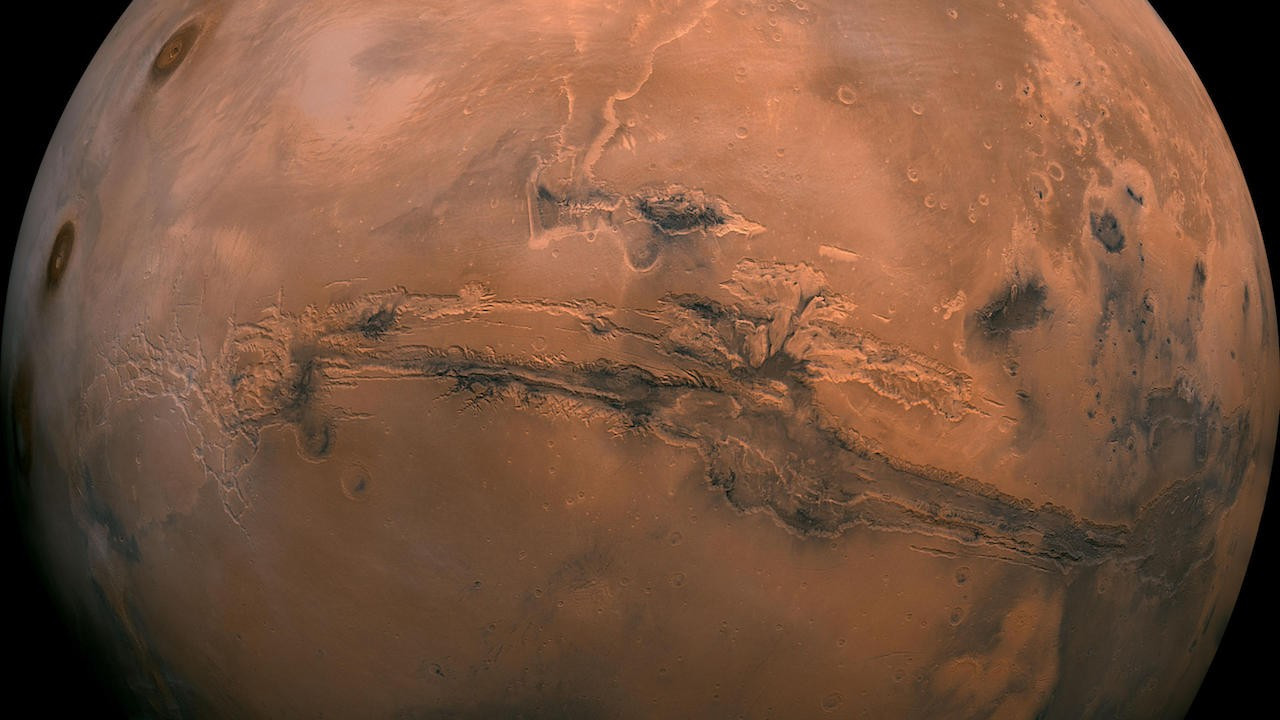 Mars yüzeyinin altında mikrobiyal yaşam için gerekenler mevcut