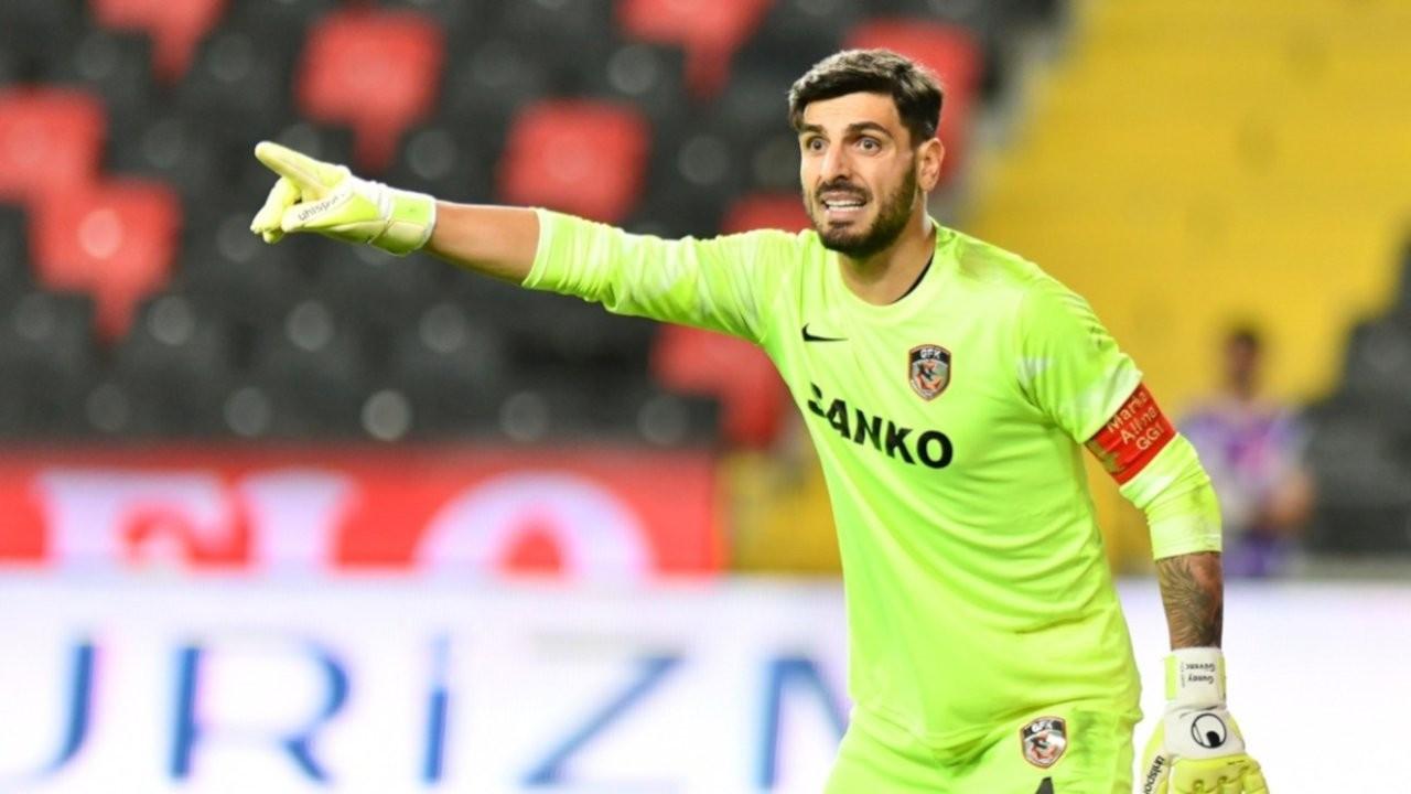 Bahis oynadığı iddia edilen üç Süper Lig futbolcusu kadro dışı bırakıldı