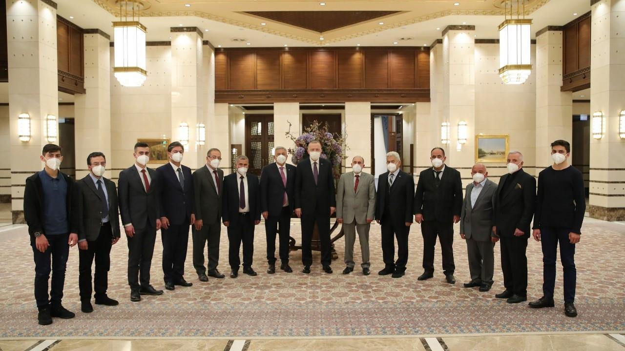 Cumhurbaşkanı Erdoğan esnafla iftar yaptı