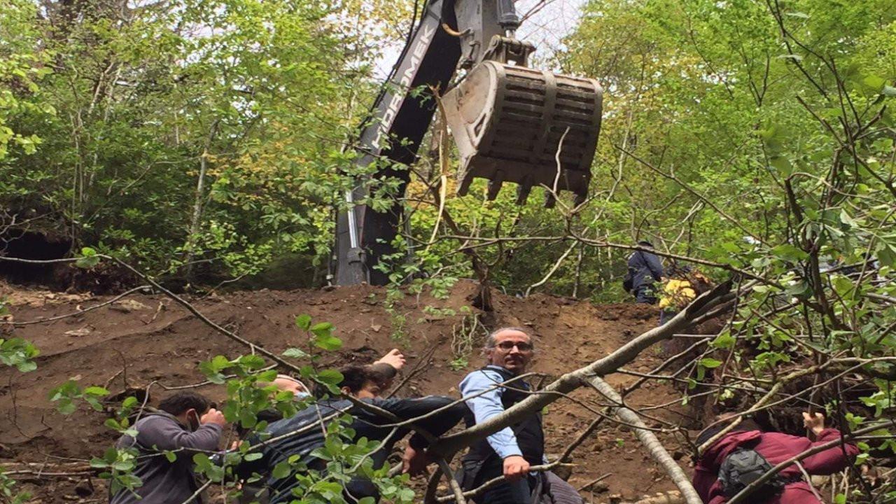 İşkencedere'de jandarma köylülere taş yuvarladı