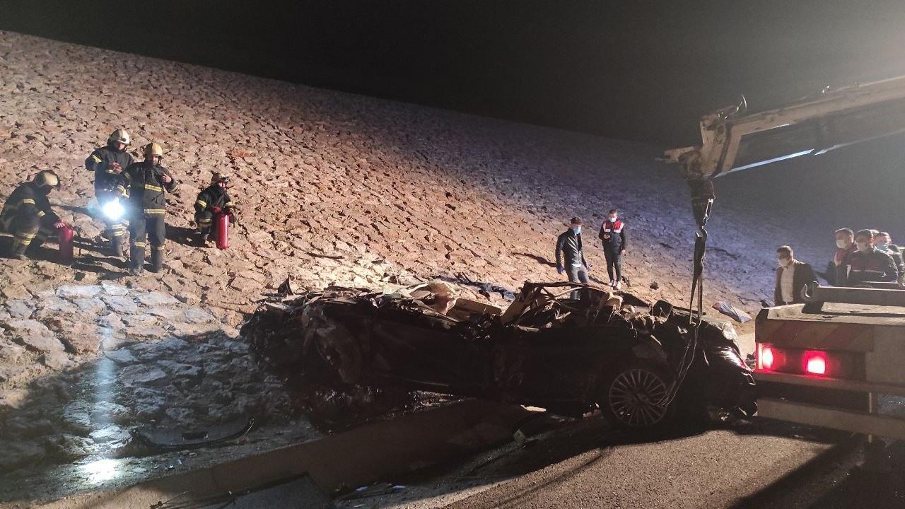 Kuzey Marmara Otoyolu'nda kaza: Kazakistan fahri konsolosu Halil Uluer vefat etti