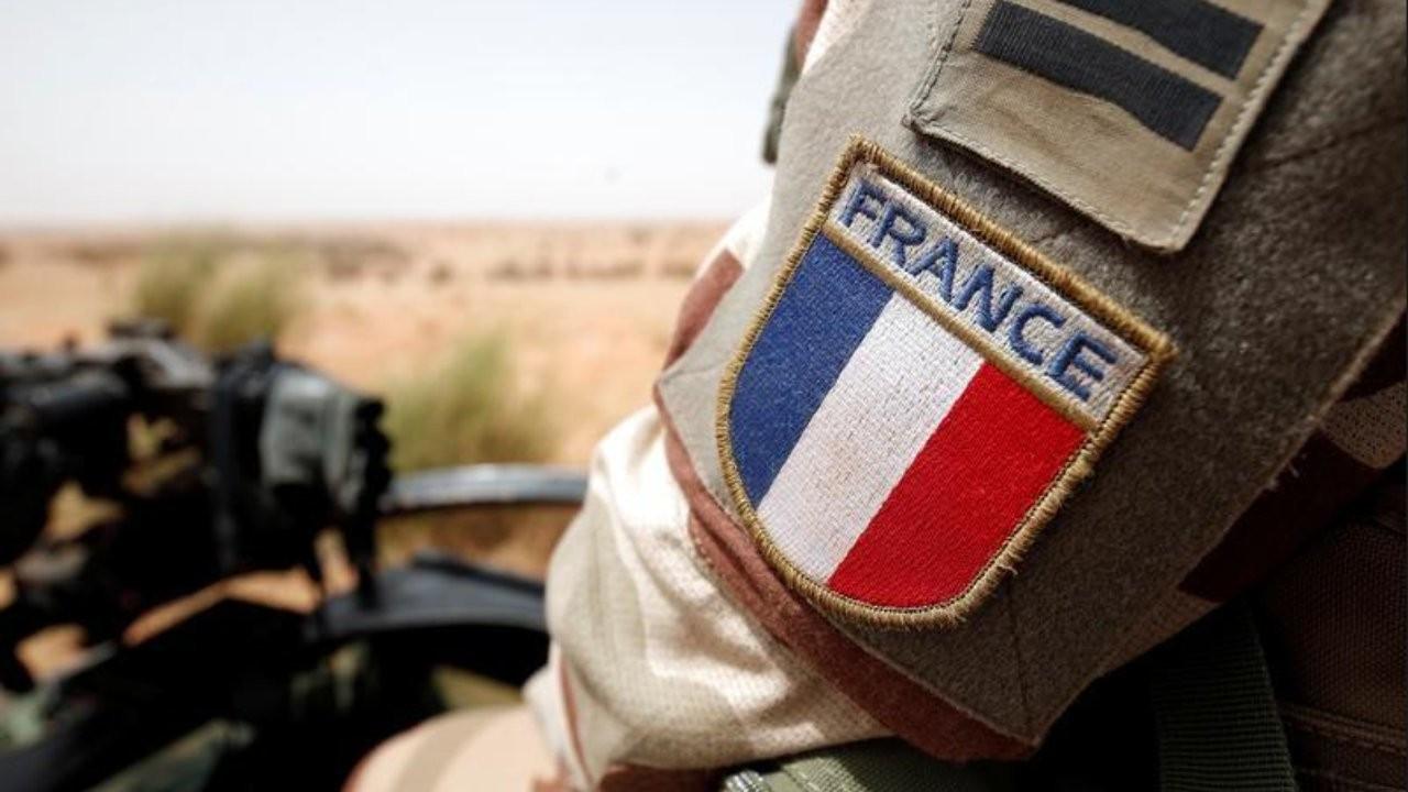 Fransa'da emekli generallerden Meclis'teki siyasi gruplara 'iç savaş' dosyası