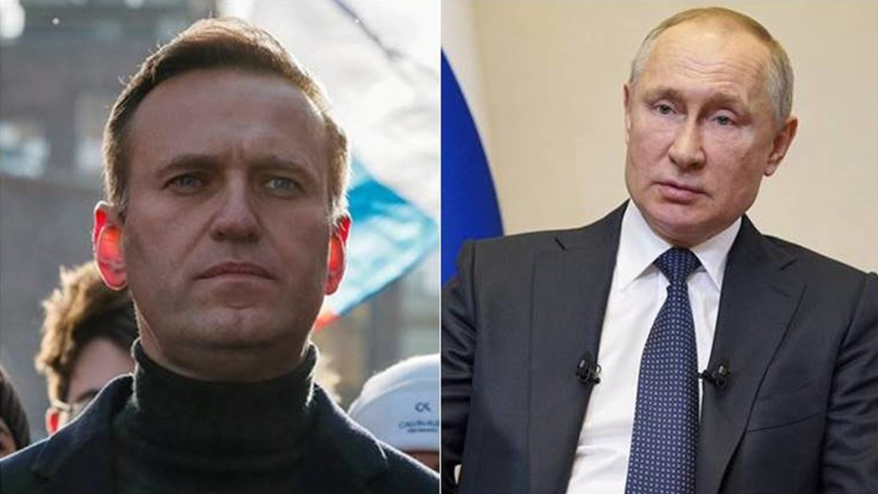 Navalni: Çıplak kralınız halkı soyuyor
