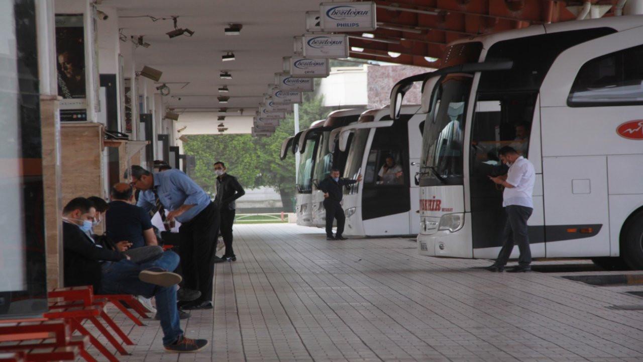 Seyahat kısıtlamaları otobüs firmalarını vurdu: Kan ağlıyoruz