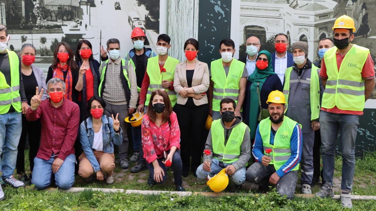 HDP Eş Genel Başkanları Galataport ve kağıt işçilerini ziyaret etti