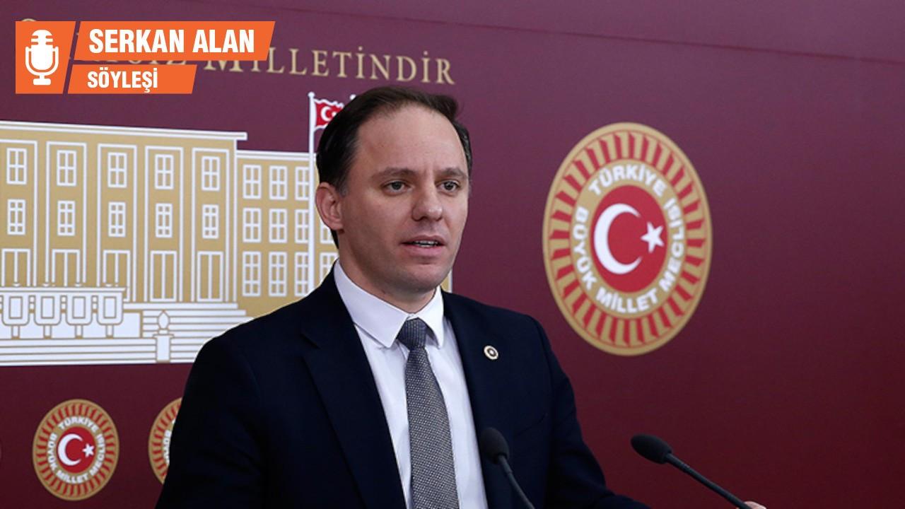 CHP'li Yavuzyılmaz: AK Partili bürokratların yoksulluk sınırı 56 bin liradan başlıyor