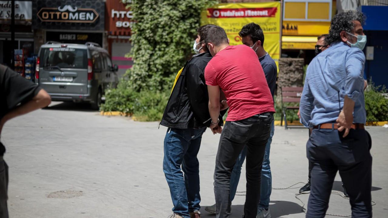 İzmir'de 1 Mayıs yürüyüşüne gözaltı
