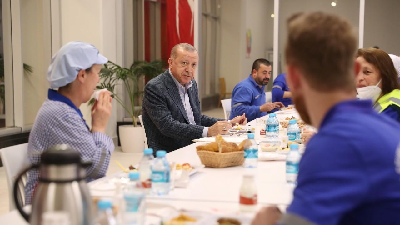 Erdoğan: Bugün Paris'in sokakları ne hale geldi görüyorsunuz