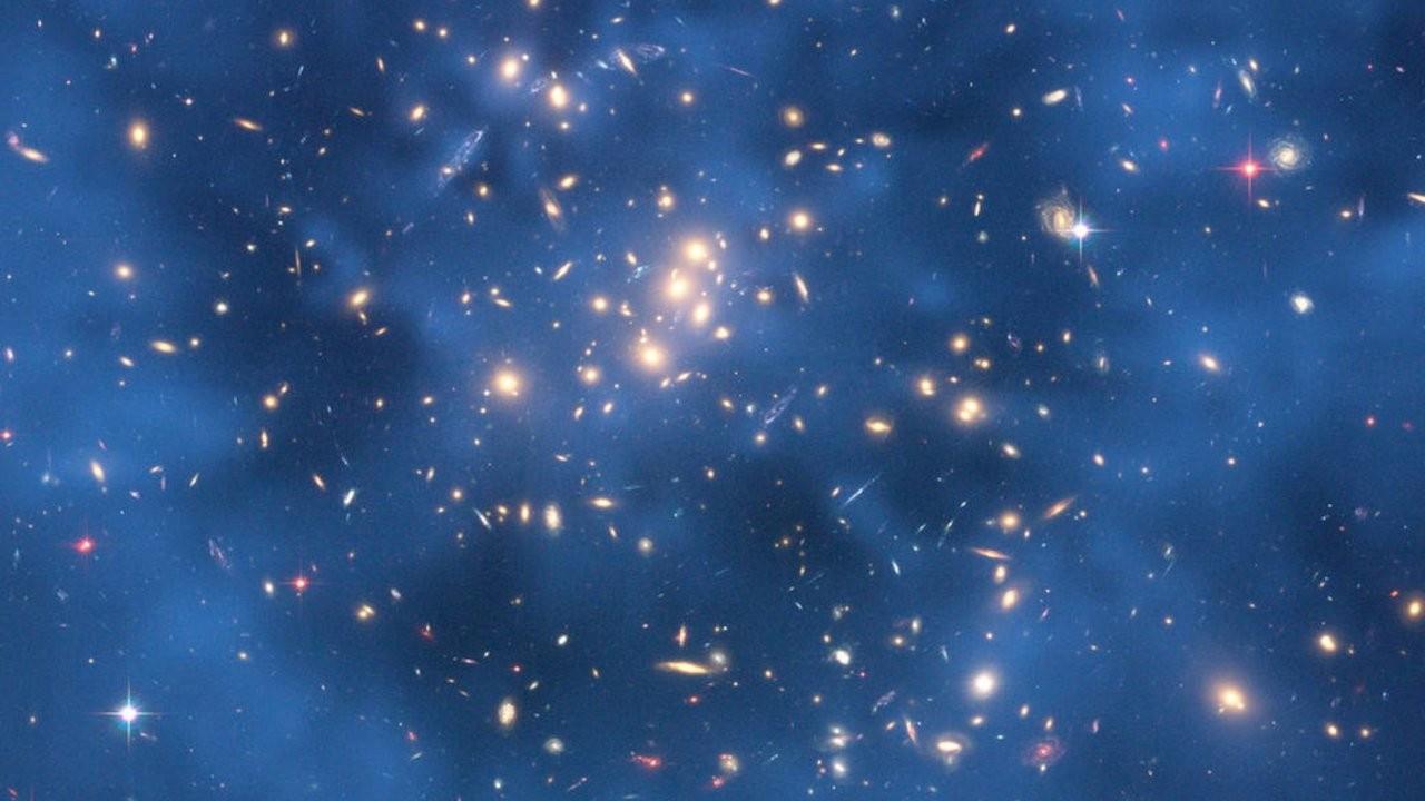 Karanlık maddeyi anlamak için ötegezegenler incelenmeli