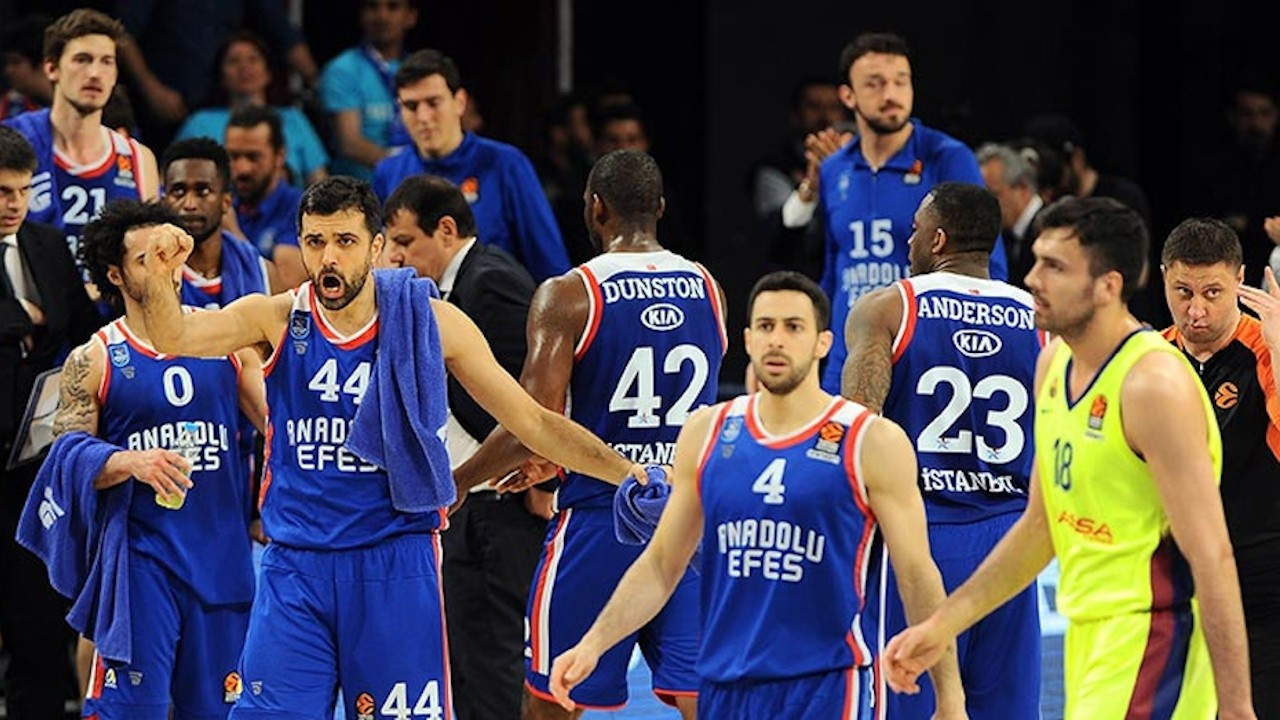 Anadolu Efes Final Four'da