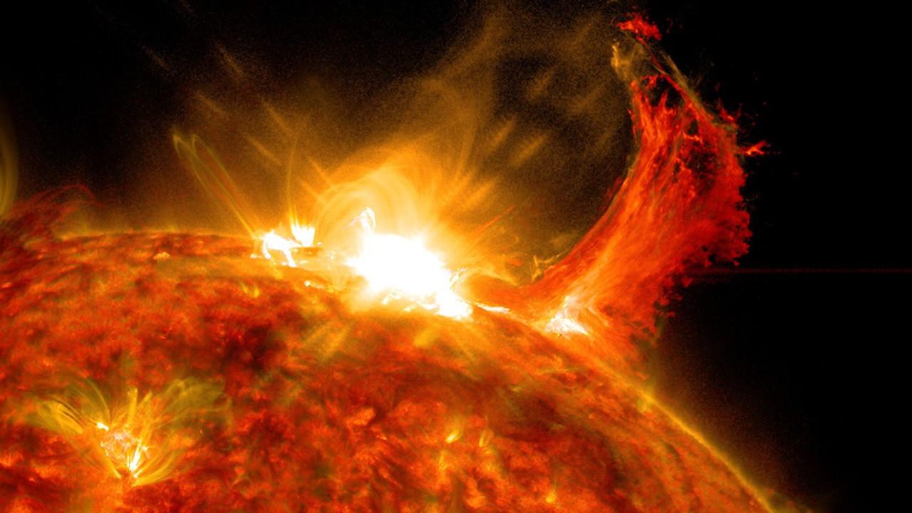 Proxima Centauri'deki parlama yaşam formları için ne anlama geliyor?