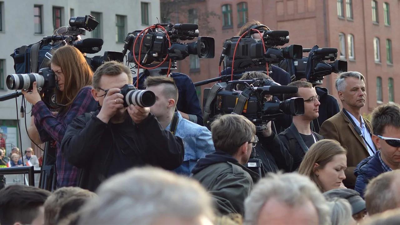 'Gazetecilere saldırıların süreceğini tahmin etmek güç değil'